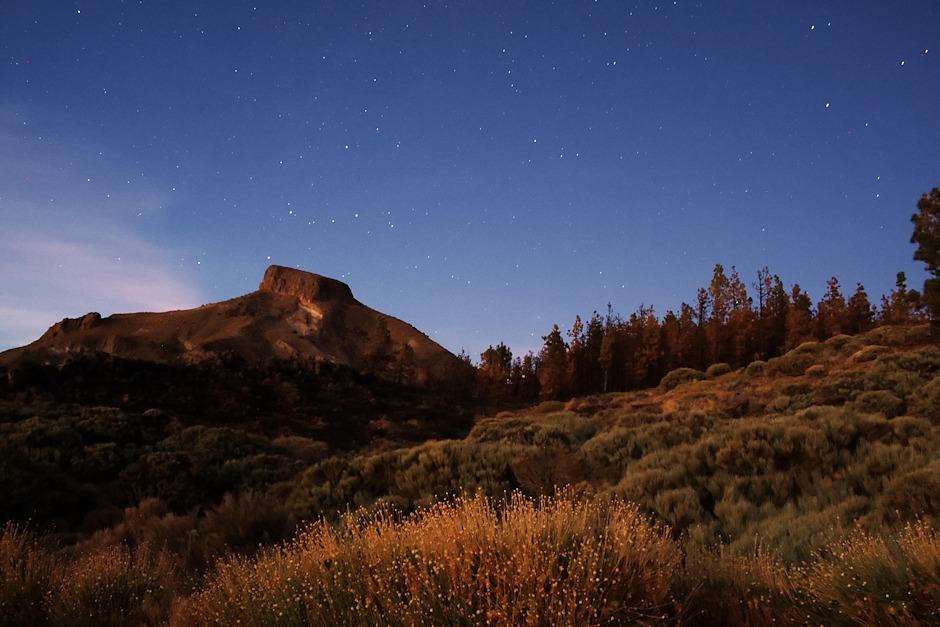 El Sombrero pod hvězdnou oblohou