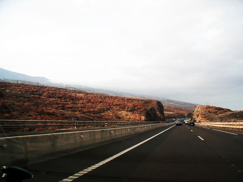 Autopista Sur nebo jižní dálnice, pobřeží u města Fasnia