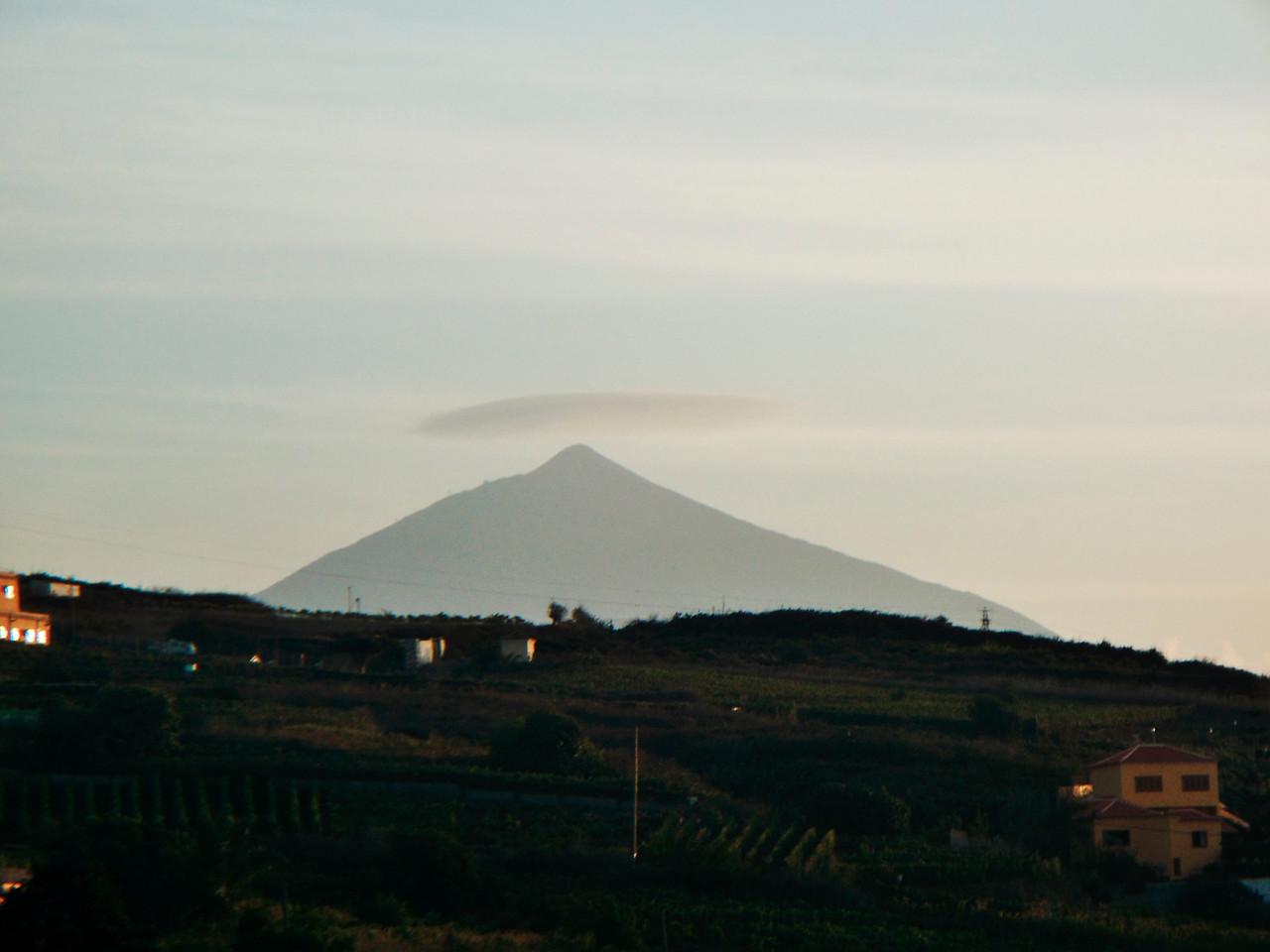 Lenticularis nad Teide