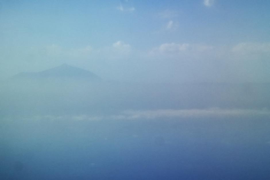 Kanárské ostrovy, Tenerife. První setkání s dominantou ostrova, skoro čtyřtisícovou sopkou Pico del Teide.