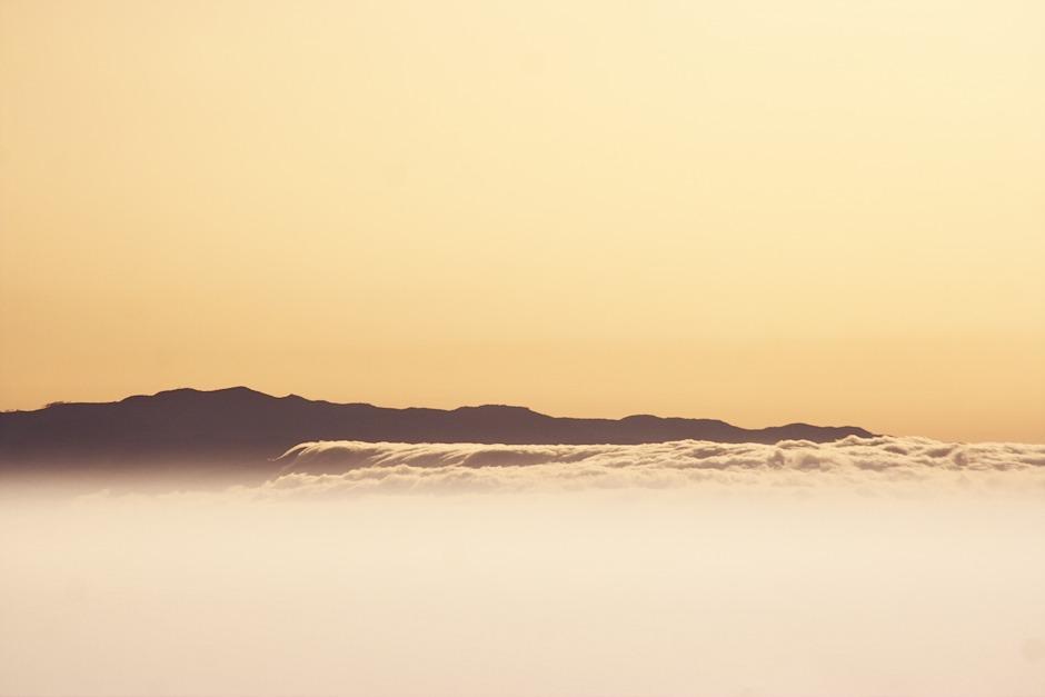 """Detail """"oblačného moře"""" na La Gomeře"""