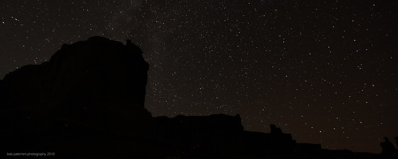 2560x1080 desktop wallpaper, free for you to use, Creative Commons 3 (Attribution-NonCommercial-ShareAlike). Starscape at Arches National Park, Utah, 2010.