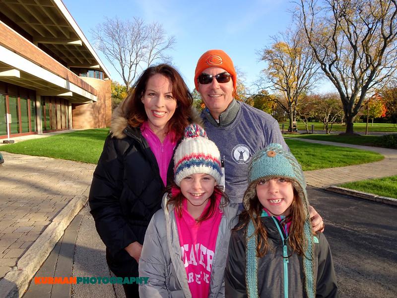 Kate, Valerie, Lauren and Roger Keys (Northbrook)