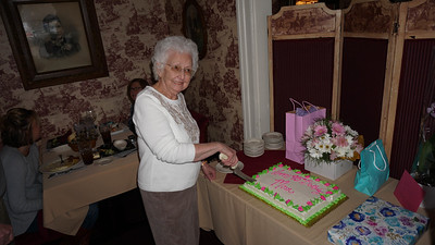BROWSE TO SNAPSHOTS / Gram's 95th