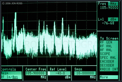 Spectrum Analyser Display | Miami, FL Canon EOS 5D | Canon EF 100mm f/2.8 USM Macro1/50s | f/2.8 @ 100mm | EC +2/3 | ISO 400