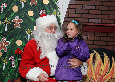 Photos With Santa.  McHenry IL. 11/16/17. I see lots of Christmas cards possibilities. Enjoy your photos.