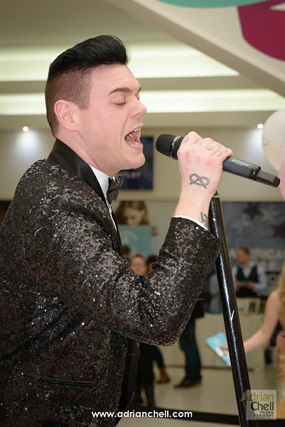 Dan Budd, as Robbie Williams