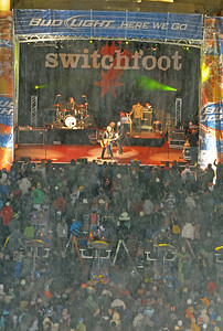 Switchfoot plays to a huge crowd during the Nature Valley Big Air Challenge part of the Denver Big Air presented by Sprint. Photo: Tom Kelly/USSA