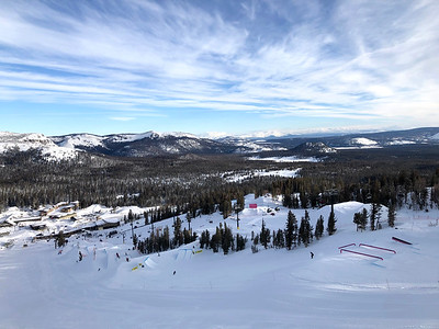 Freeski Slopestyle qualifiers 2019 Toyota U.S. Grand Prix at Mammoth Mountain, CA Photo: U.S. Ski & Snowboard