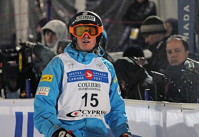 Michael Morse looks to the scoreboard in World Cup moguls at Olympic test event at Cypress Mountain, BC. (U.S. Ski Team - Tom Kelly)