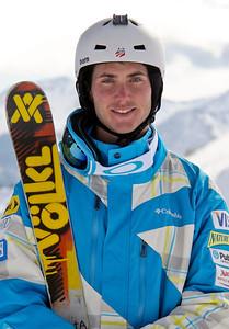 Jeremy Cota 2011-12 U.S. Moguls Ski Team Photo: Eric Schramm