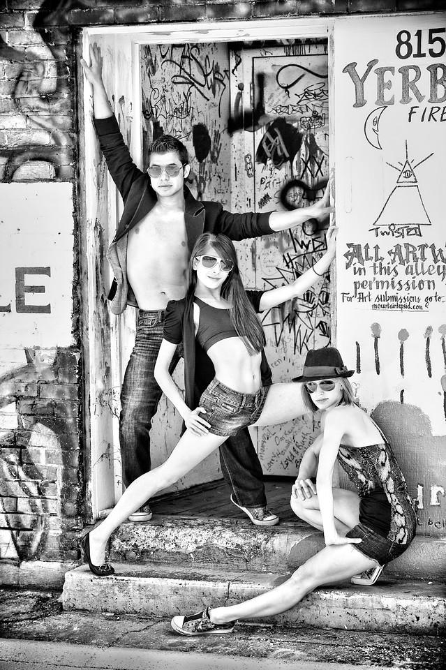 Boise dancers portrait cover shot in Freak Alley Boise. Photo by Mike Reid.