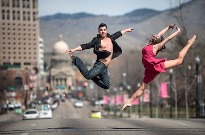 Gonzalo and Lauren playing in traffic in Boise. Image by Mike Reid, Boise photographer.