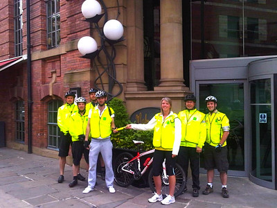 Day 3 starts at Leeds. Joining us for the first part of the day was Lesley Phillips, Mal Leeds Events Manager and Charlie Wilson, Mal Leeds Accounts. We start the day cycling out of Leeds towards Bradford.