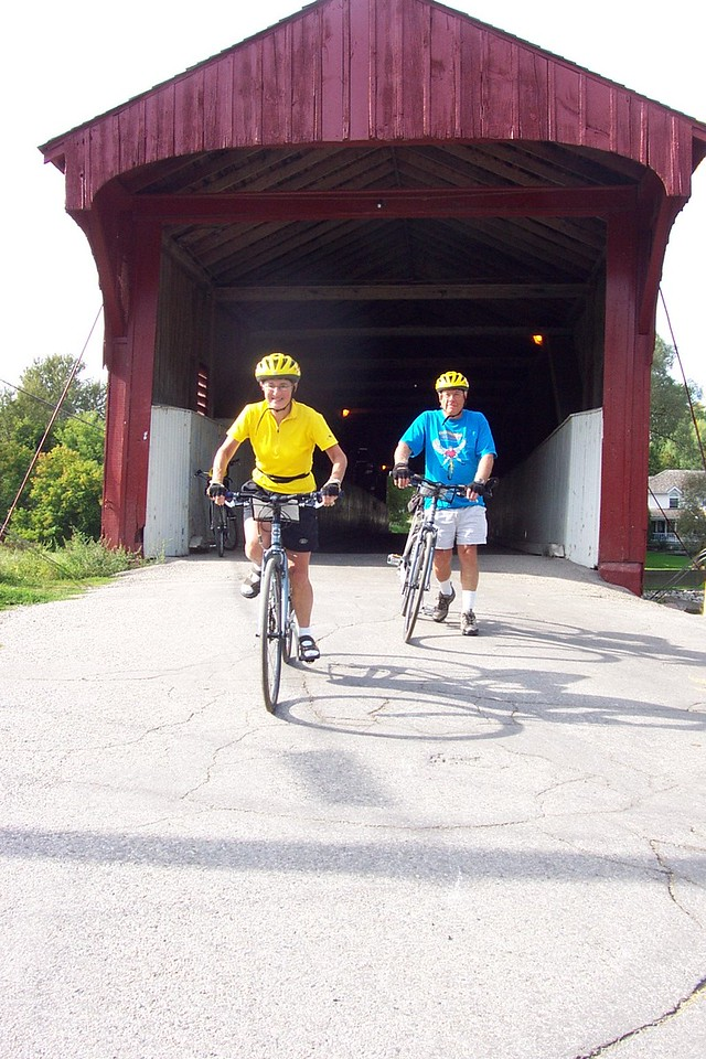 Canada: Ontario Ottawa and The Rideau Canal Bike Tour