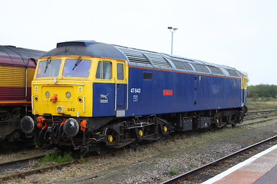 "47843 ""Vulcan"" stables in Didcot Parkway, on hire to DCR for route learning duties in the Didcot area  22/10/12"