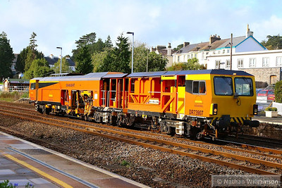 DR73907 heads north through Totnes on the: 6J89 11:00 Tavistock Junction to Maindee Depot  25/10/13
