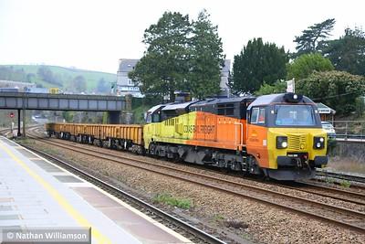 70802 heads north through Totnes on: 6Z71 14:45 Tavistock Junction to Riverside  04/12/14