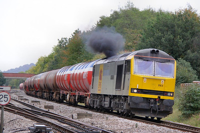 60063 arrives into Haresfield Loop on the: 6B13 05:10 Robeston to Westerleigh  07/10/09