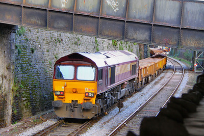 59202 stands on the up main in Teignmouth during engineering works  04/03/012