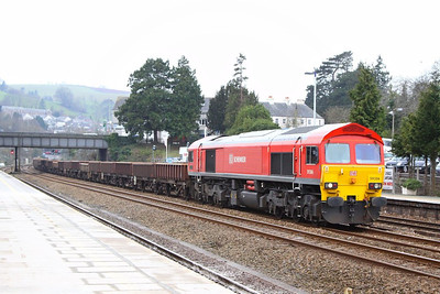 59206 heads north through Totnes to form the: 6W37 13:07 Newton Abbot to Westbury  03/03/13