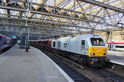 67029 reverses in Glasgow Central to work the: 5Z07 18:18 Glasgow Central to Mossend Down Yard 18/04/12  Watch the video at: http://youtu.be/tPtRFAmo-AQ