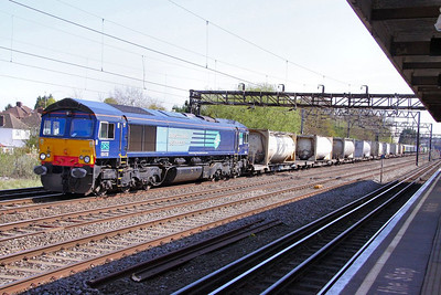 66418 heads north past South Kenton on the: 4M71 10:55 Tilbury to Daventry  22/04/10