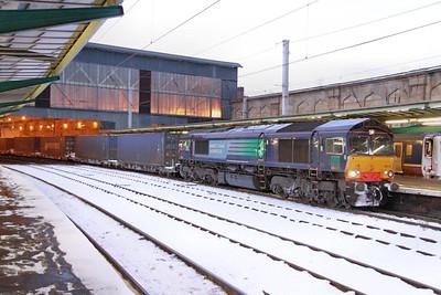 66418 calls at Carlisle working the: 4M34 04:26 Coatbridge to Daventry  02/12/10