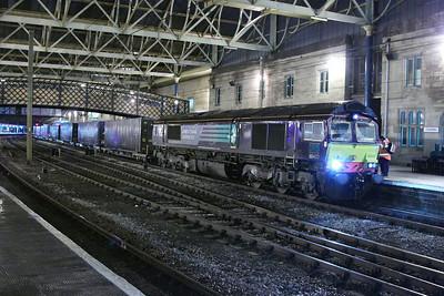 66433 calls at Carlisle on the: 4S44 12:16 Daventry to Coatbridge  06/12/12