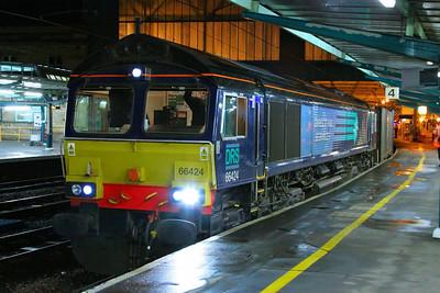 66424 calls at Carlisle working the: 4M82 15:56 Coatbridge to Daventry  04/12/12