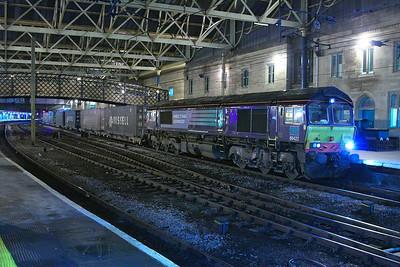 66422 calls at Carlisle on the: 4S44 12:16 Daventry to Coatbridge  04/12/12