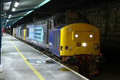 37688 & 37229 call at Carlisle whilst working the: 6C46 19:36 Sellafield to Kingmoor  05/12/12  Watch the departure video at: http://youtu.be/Uz1RwvkNnDE