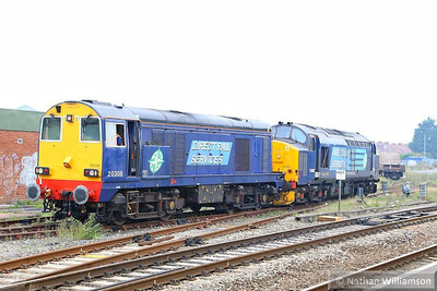 20308 & 37688 run round in Bridgwater Yard ready to work the: 6M63 11:58 Bridgwater to Crewe CLS  01/10/13