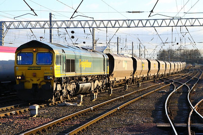 66519 arrives into Carlisle on the: 4Z28 08:00 Fiddlers Ferry to Hunterston  05/12/12