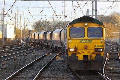 66523 arrives into Carlisle on the: 4Z08 10:25 York Yard South to New Cumnock  05/12/12