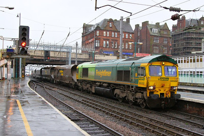 66522 arrives into Carlisle working the: 6M11 05:55 Hunterston to Fiddlers Ferry  06/12/12