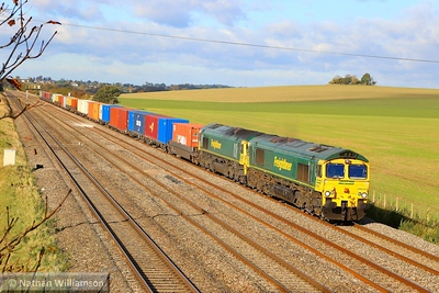 66541 & 66556 head east through Cholsey on the: 4O54 06:13 Leeds Freightliner to Southampton Maritime  04/11/13