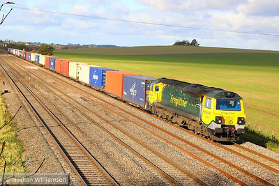 70009 heads east through Cholsey working the: 4O51 09:58 Wentloog to Southampton Maritime 04/11/13  Watch the video at: http://youtu.be/GGokEt-yYVg