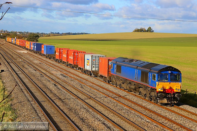 66414 heads east through Cholsey on the: 4L32 11:00 Bristol Freightliner to Tilbury  04/11/13