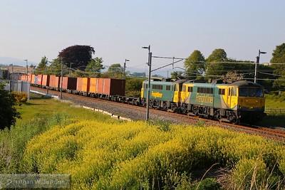 86637 & 86612 head south through Elmsfield near Oxenholme on: 4M74 14:01 Coatbridge to Basford Hall   11/07/15