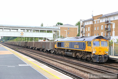 66744 heads south through Kensington Olympia on the: 6O88 Westbourne Park to Northfleet  03/09/13
