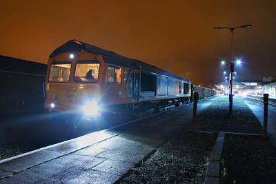 66729 stands in Newton Abbot, having ran round the: 6F31 02:24 Cardiff Tidal to Exeter Alphington Road  13/10/11