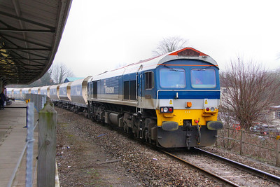 59103 arrives into Westbury on the: 6C31 09:45 Theale to Merehead  14/03/12