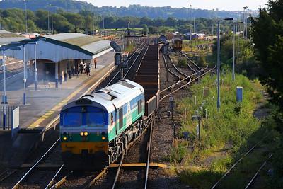 59001 departs Westbury on the: 6W36 18:16 Westbury to Parson Street  18/08/12