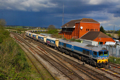 59002 arrives into Westbury, with a thunderstorm in the background, working the: 6V18 12:35 Hither Green to Whatley Quarry  12/04/12
