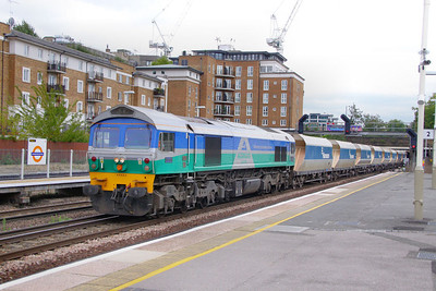 59005 heads north through Kensington Olympia on the: 6V18 12:39 Hither Green to Whatley Quarry  16/08/11