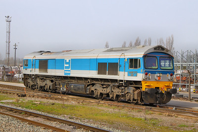 59002 in Acton Yard 15/03/11