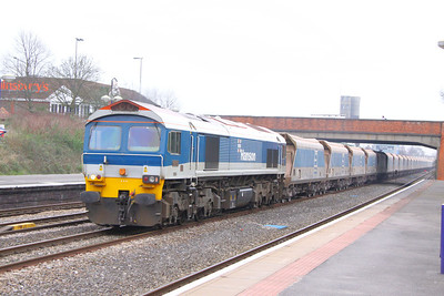 59103 heads west through Newbury on the: 7C31 09:45 Theale to Merehead 22/03/11  View the video at: http://www.youtube.com/watch?v=UvQUuDN3A60
