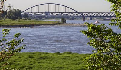 Der Rhein bei Düsseldorf