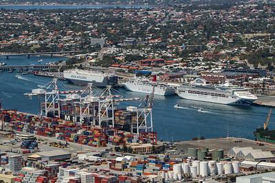 Fremantle Port 1415hrs 110120_Hoegh London, Ocean Dream, Sun Princess, MSC Rachele